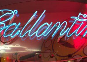 Bergui Neon Insegne Ballantines